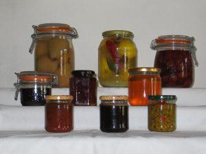 Learn to make Jams and chutneys